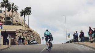 Postal de la edición 2020 de la Vuelta a Andalucía.