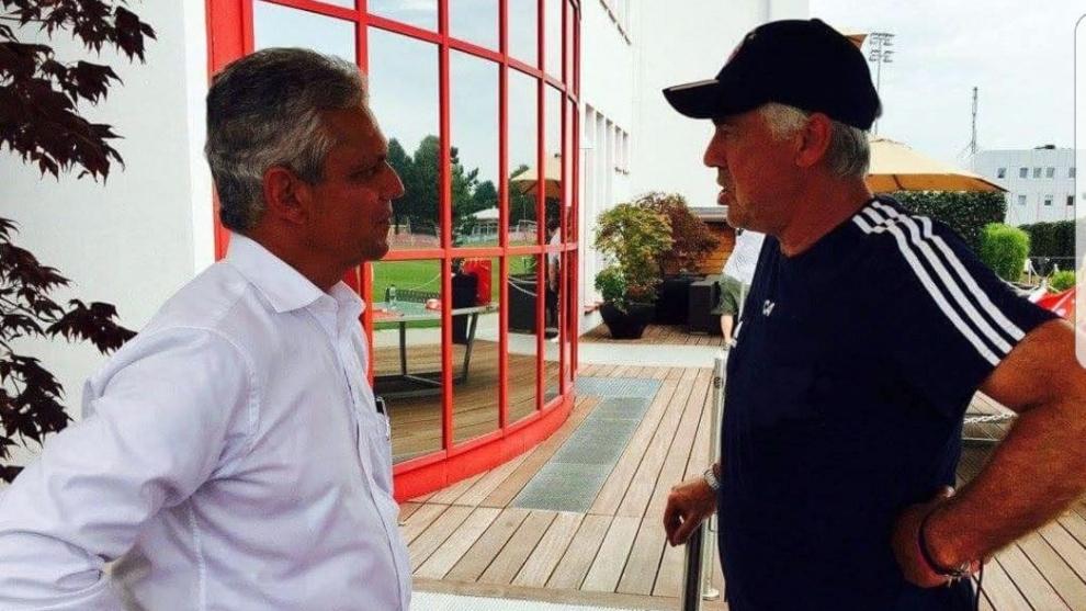 Reinaldo Rueda y Carlo Ancelotti, en un encuentro cuando el italiano estaba en el Bayern Múnich.