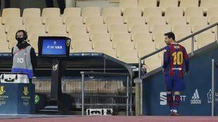 Messi, tras ser expulsado en la Supercopa