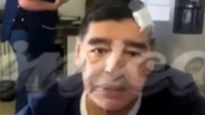 Sale a la luz  la última aparición en cámara de Maradona.