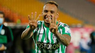 Jarlan Barrera celebra su gol en el triunfo de Nacional 2-0 ante...