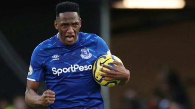 Yerry Mina, tras marcar un gol con el Everton