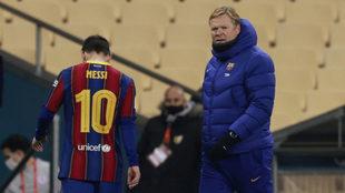 Koeman con Messi durante un partido del Barcelona