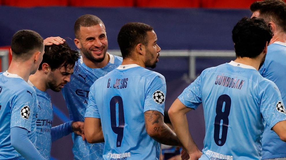 Manchester City se pasea en Alemania e inclina la llave a su favor