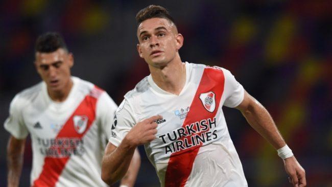 El festejo de Santos Borré tras su gol ante Racing.