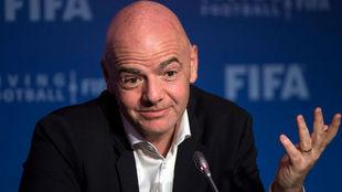 FIFA propone que fecha de Eliminatoria de marzo se jueguen en Europa.