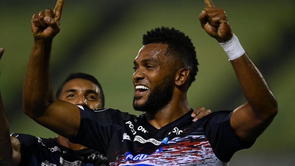 El festejo de Miguel Ángel Borja que significó el empate en Caracas.