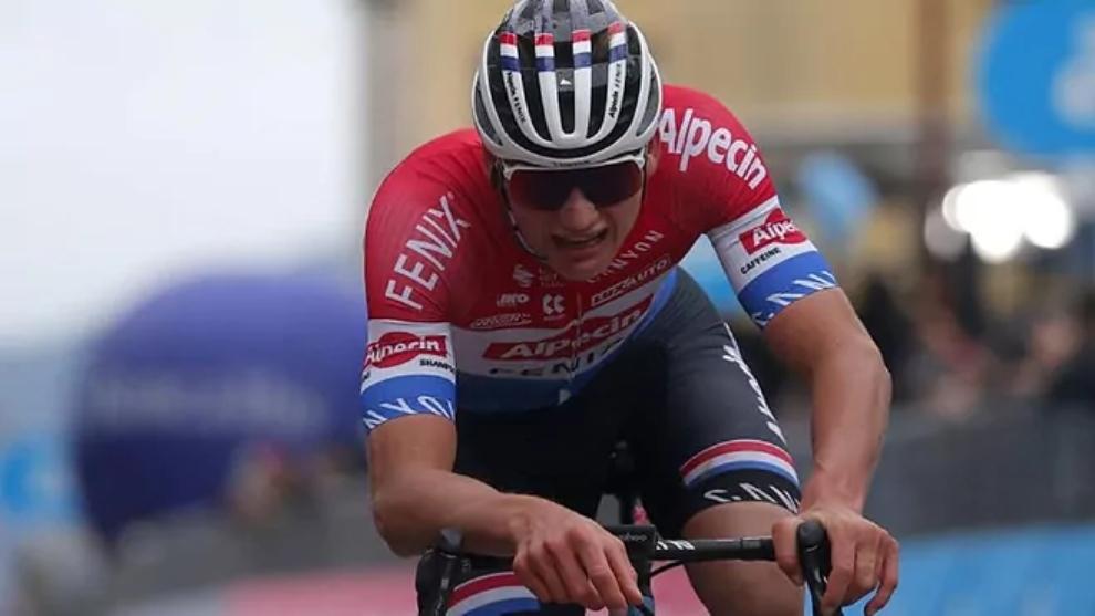Van der Poel se llevó el triunfo en la quinta etapa de la Tirreno...