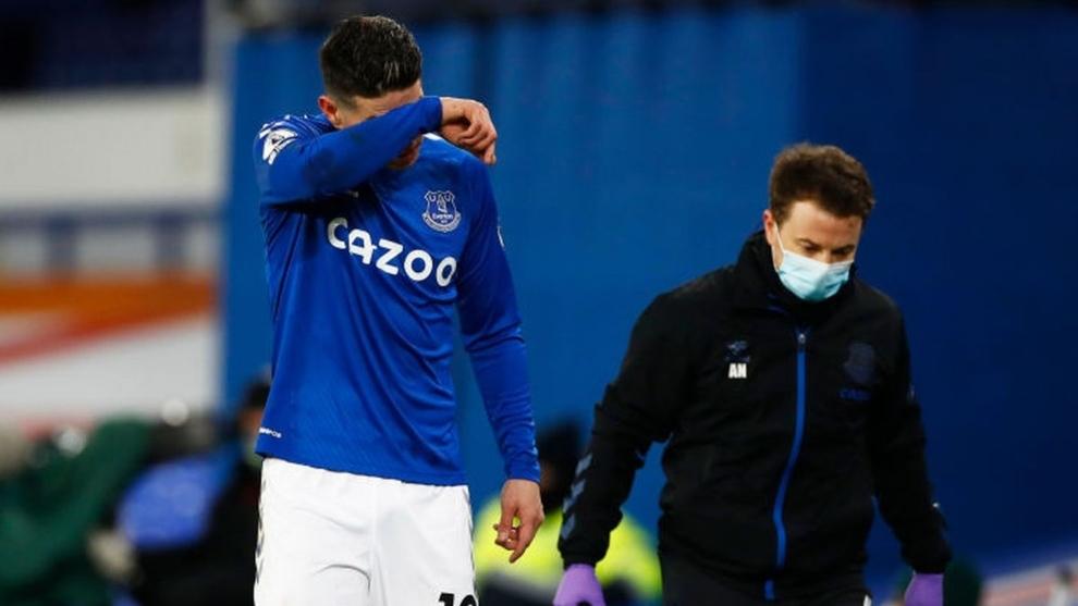 El volante no ha podido jugar lo que todos esperaban en Everton.
