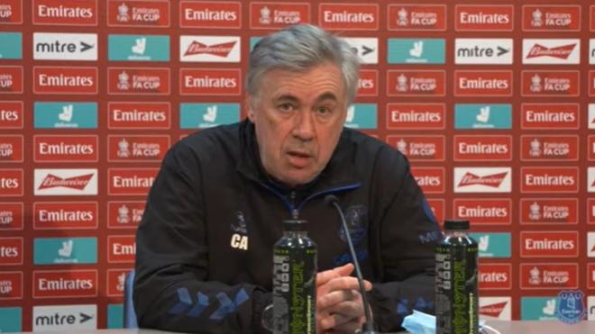 Carlo Ancelotti en rueda de prensa.