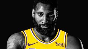 Andre Drummond, en el poster de presentación de los Lakers.