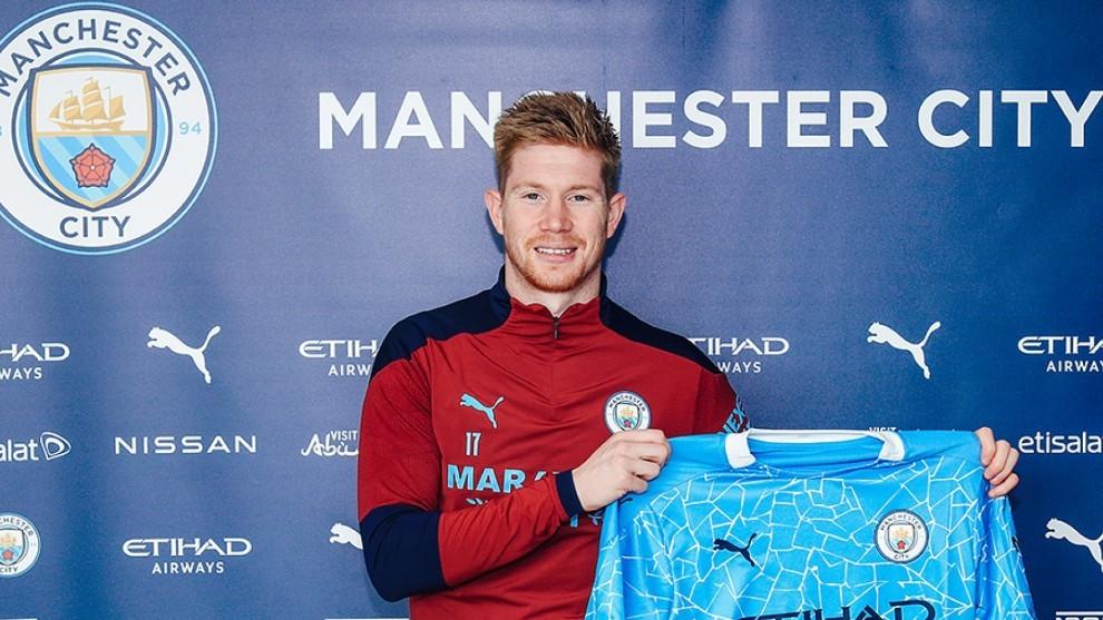 De Bruyne renueva con el Manchester City