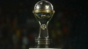 ¿Cómo se juega la fase de grupos de Sudamericana? Fechas y cómo ver...