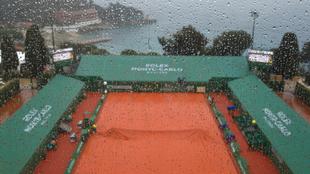 Pista del Masters 1000 de Montecarlo, con lluvia.