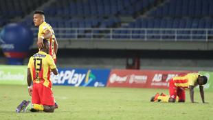 Pereira es multado por jugar con 5 contagiados de covid-19 ante...