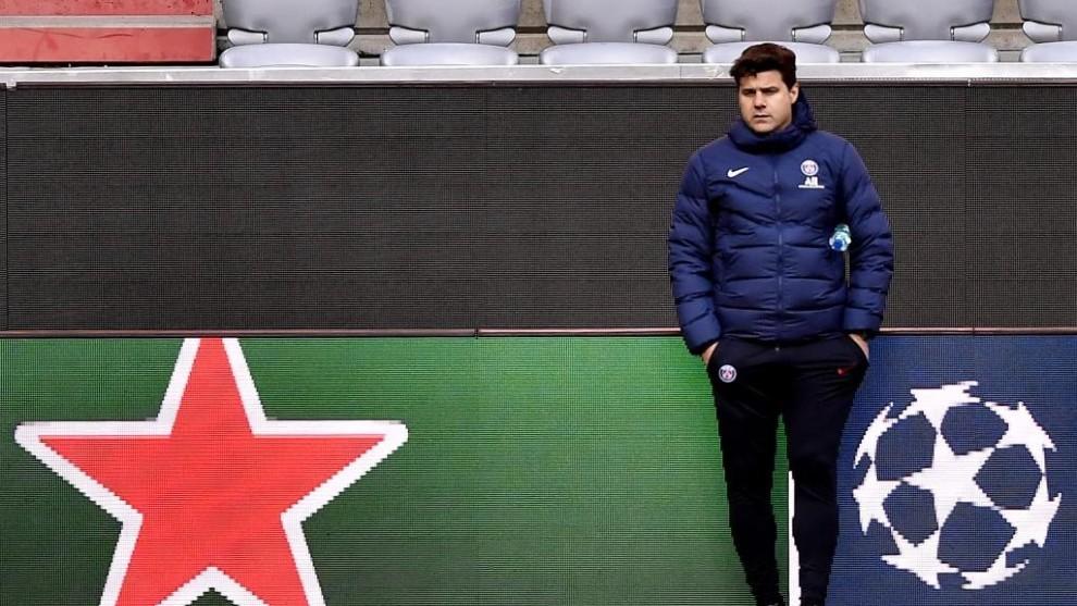Pochettino durante un entrenamiento del PSG.