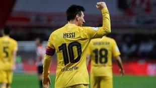 Messi celebrando el título de la Copa del Rey.