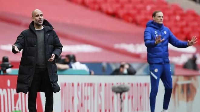 Guardiola y Tuchel, en el City-Chelsea de la FA Cup.