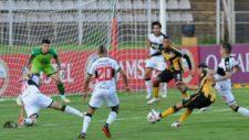 Deportivo Táchira pegó primero en la Libertadores.