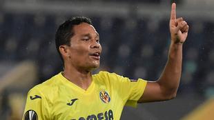 Bacca celebra un gol con el Villarreal en la Europa League