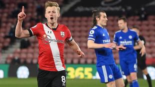 Southampton y Leicester empatan 1-1 en la fecha 34 de la Premier...
