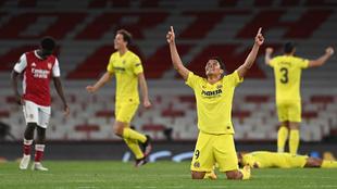 Carlos Bacca celebra el paso de Villarreal a la final