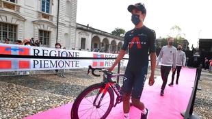 Egan Bernal llega como el líder del Ineos para el Giro de Italia.