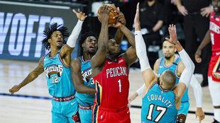 Zion Williamson, durante un partido con los Pelicans