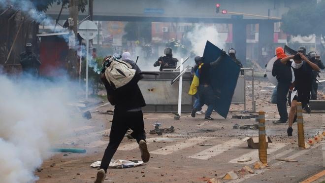 Noticias de Cali hoy: Protestas en Cali hoy 09 de mayo: Disparos en el  barrio Ciudad Jardín de Cali | MARCA Claro Colombia