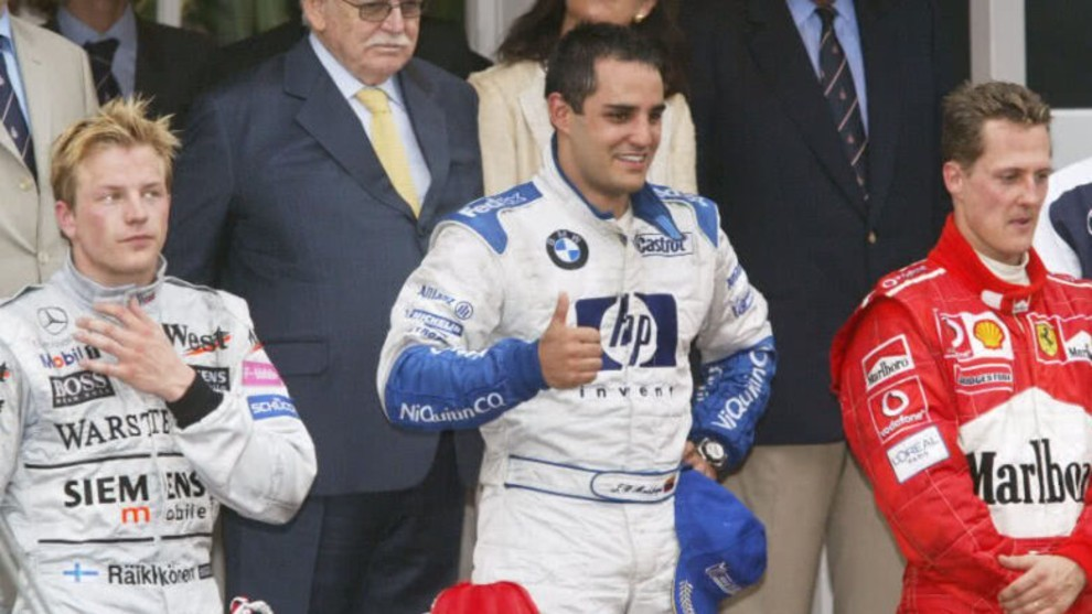 Juan Pablo Montoya junto a Kimi Räikkönen (I) y Michael Schumacher...