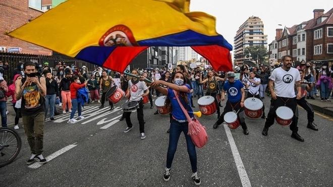 Enfrentamiento hoy miércoles 12 de mayo en Barranquilla, Bogotá y...