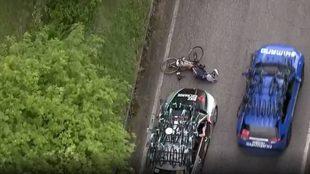 Peter Serry, tras ser atropellado por el coche del BikeExchange