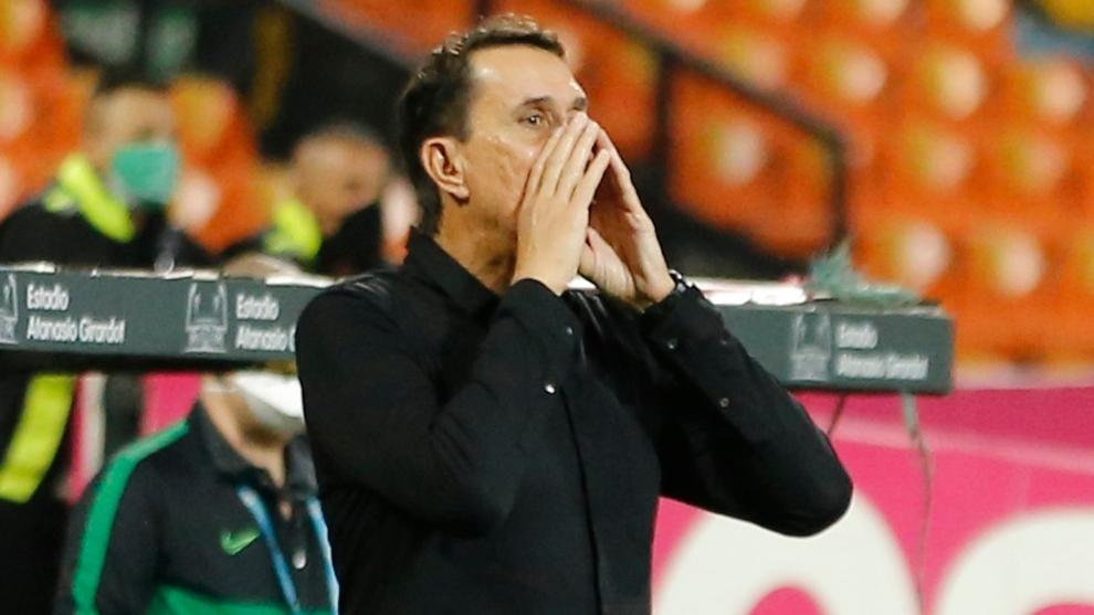 El entrenador es consiente de lo importante que es ganar en Chile.