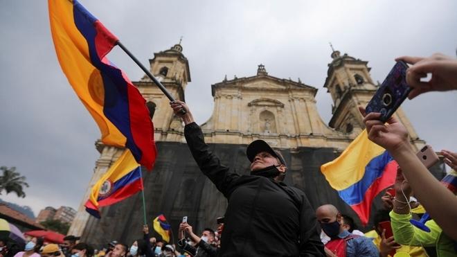 Gobierno de Colombia y líderes de protestas llegan a preacuerdos