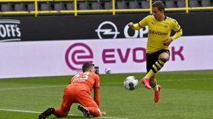 Thorgan Hazard, durante un partido con el Dortmund