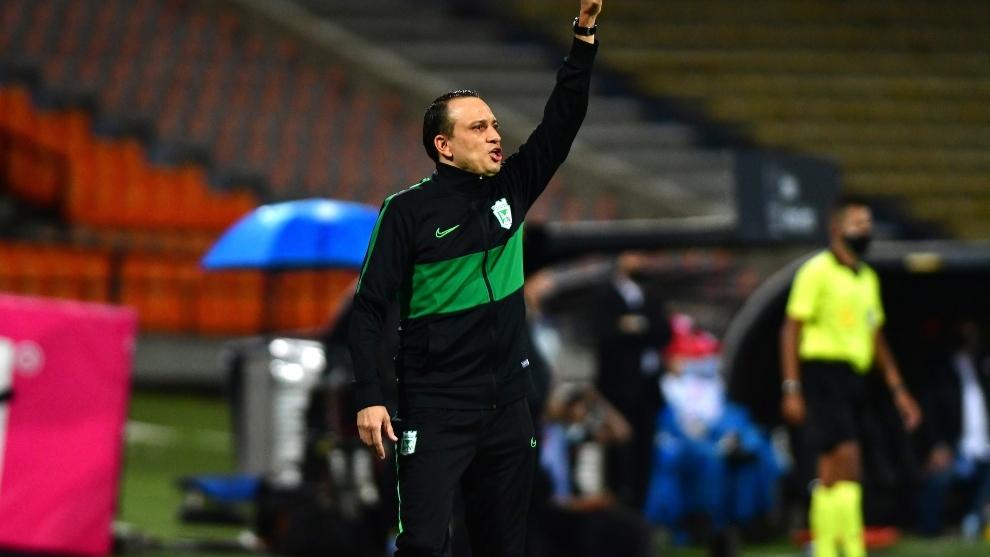 Alejandro Restrepo ya tuvo una experiencia como interino en 2020.