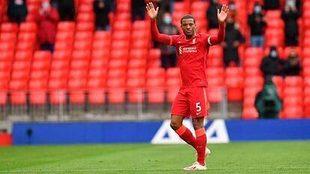Wijnaldum, el día que se despidió del Liverpool