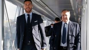 Sergio Ramos y Florentino Pérez, durante una viaje con el Real...