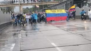 Marcha de Blue Rain en Bogotá.