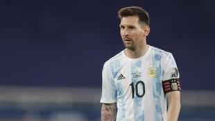 Lionel Messi se puso el equipo al hombro pero no alcanzó.