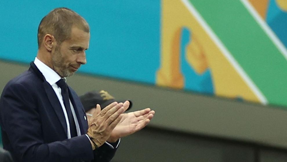 Aleksander Ceferin, presidente de la UEFA, en el partido de Francia...