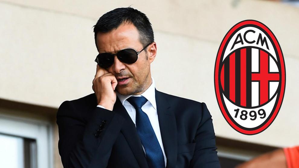 Jorge Mendes y el escudo del Milan.