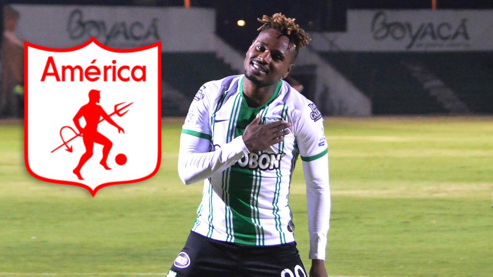 Gustavo Torres y el escudo de América de Cali.