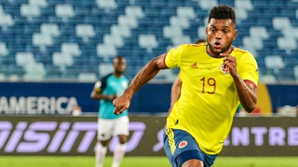 Miguel Ángel Borja en un partido de la Selección Colombia en la Copa...