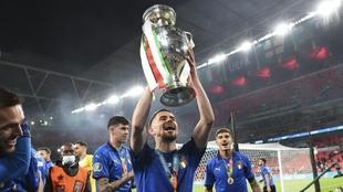 Jorginho campeón de la Eurocopa, candidato a ganar el balón de oro