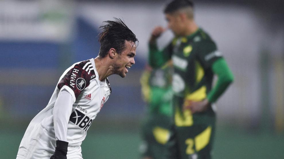 Michael Delgado celebra el gol.