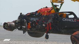 El coche de Verstappen, tras el accidente con Hamilton