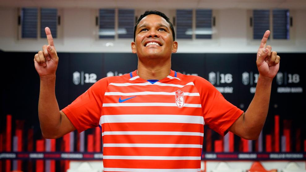 Carlos Bacca, delantero del Granada.