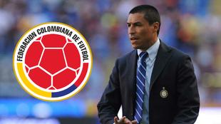 Iván Ramiro Códoba y el escudo de la FCF.