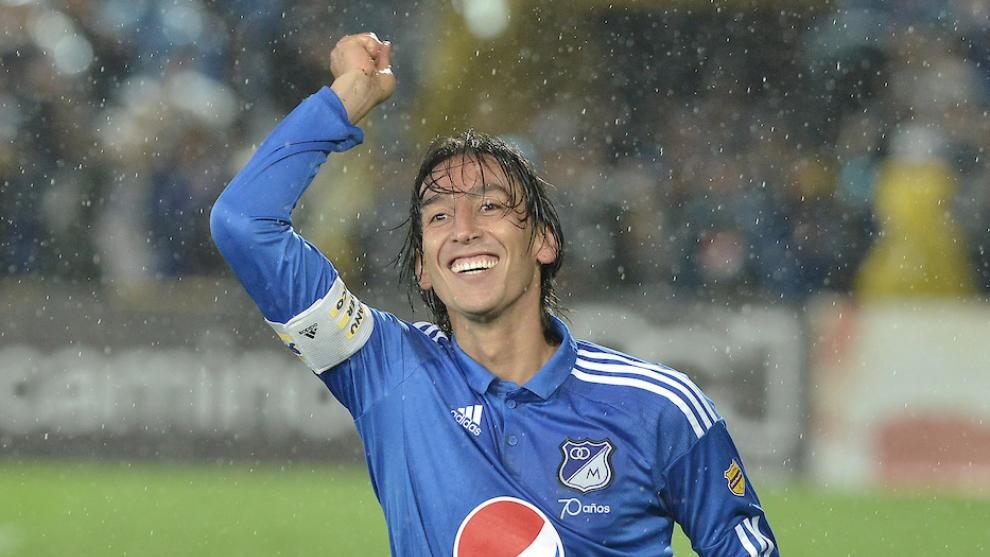 Rafael Robayo celebrates a goal with Millonarios.